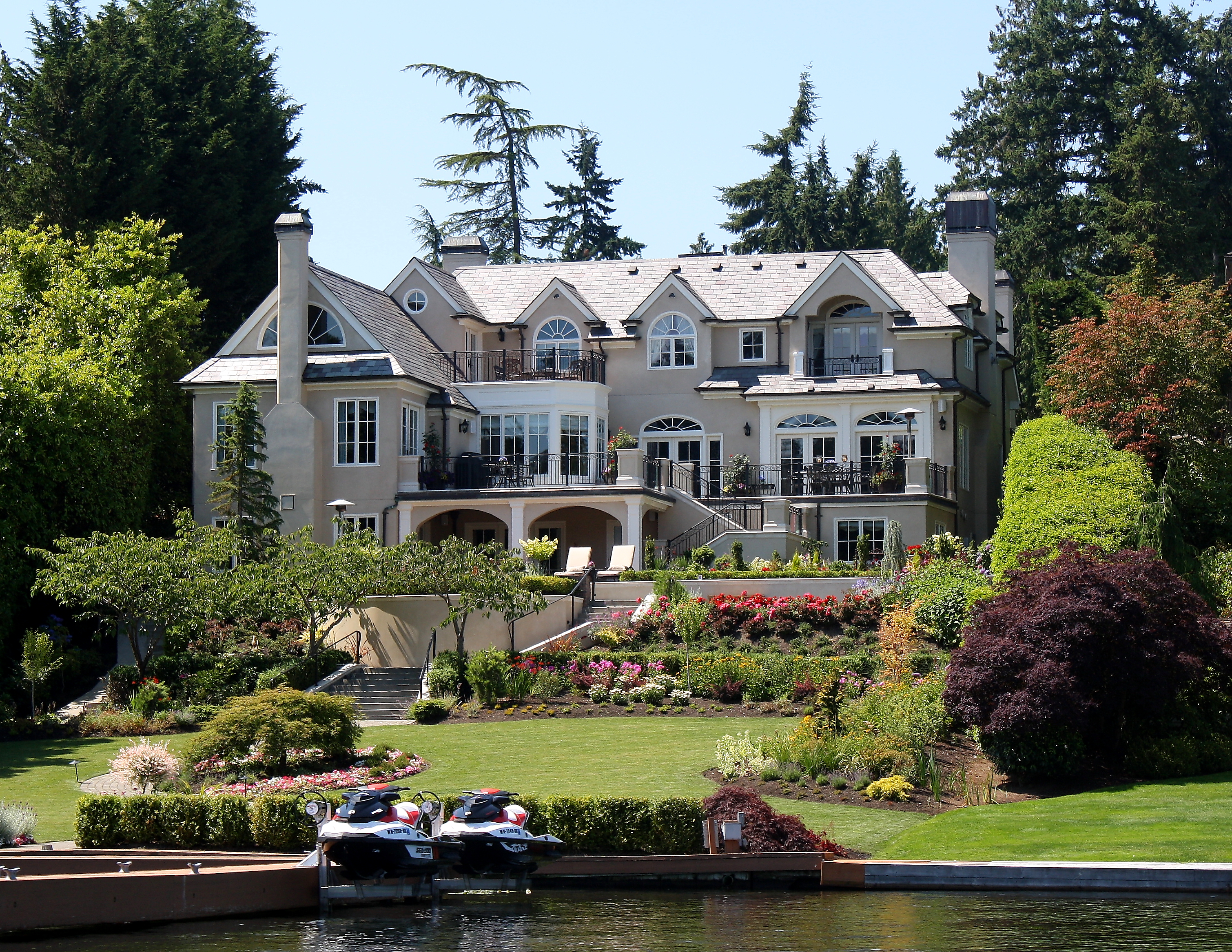 Billionaire houses 28 images the gallery for gt for Billionaire homes for sale