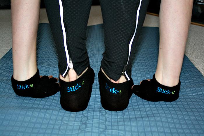 StickeGloves1
