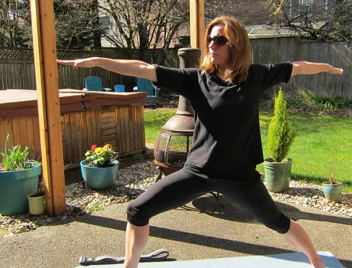 Yoga Style Warrior 2